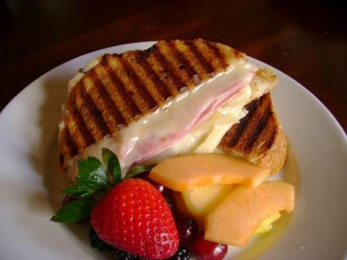 ham-pear-sandwich